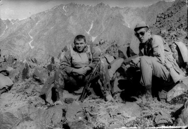 У зоні АТО загинув сотник Майдану, лідер воїнів-афганців Олег Михнюк